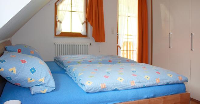 Bildslider: Wohnung DG - Schlafzimmer-2