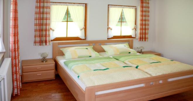 Bildslider: Wohnung EG - Schlafzimmer-1