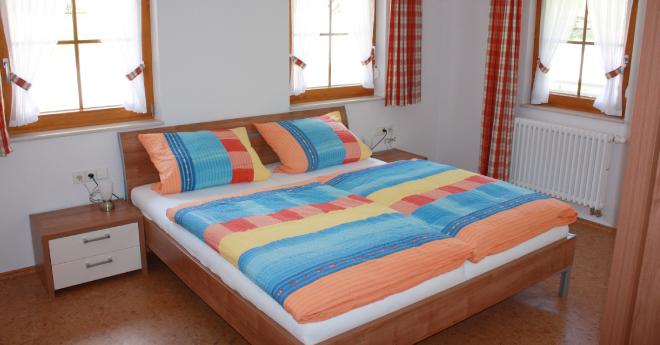 Bildslider: Wohnung EG - Schlafzimmer-2